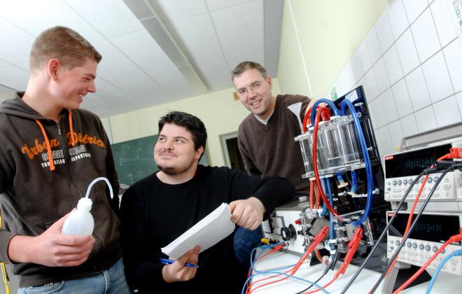 Dreijährige Berufsfachschule - Physikalisch-technische Assistenten
